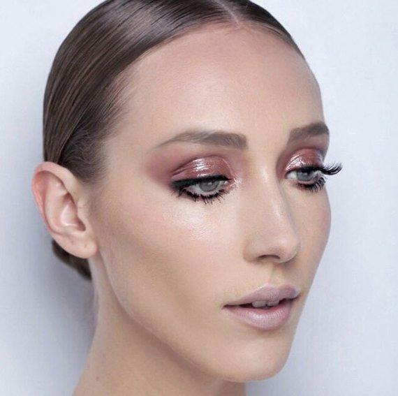 Como fazer uma maquiagem simples